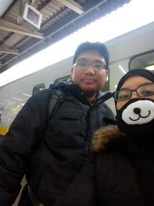 Wife sayang memang cute dan comel. Bila beli tiket train, orang jepun pun ingat child. Ketika on the way ke ski resort.